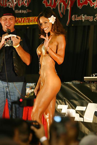 contest hot Bikini video