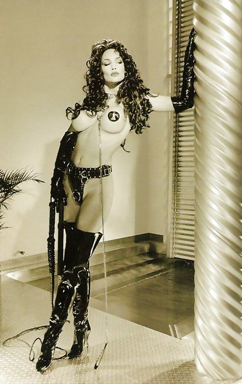 julie-strain-in-leather-mary-goodman-nud