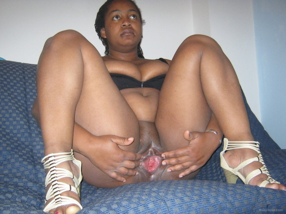 Chubby black pussy pics