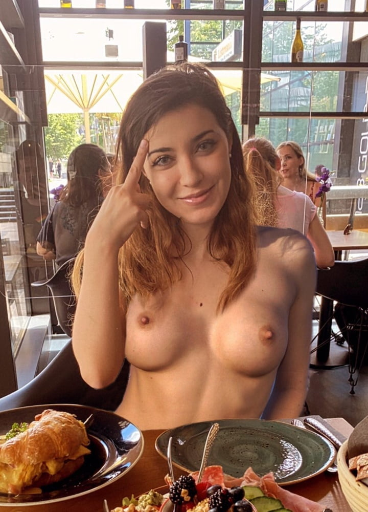 Annitheduck Nude