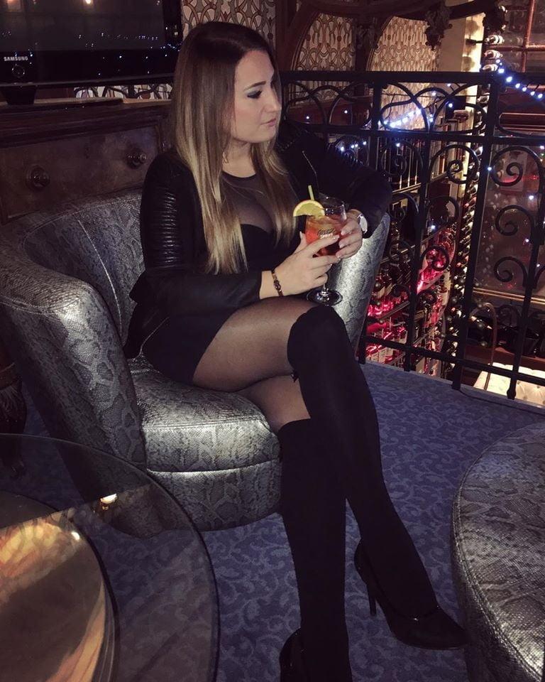 Sexy teen feet in heels