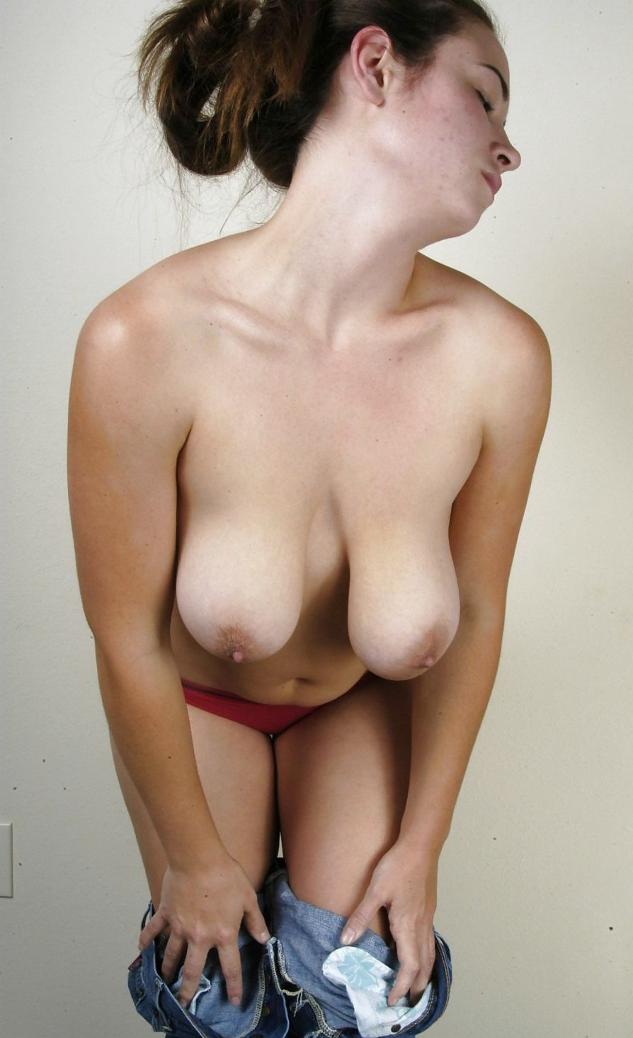 Sexy saggy breasts massage — pic 3
