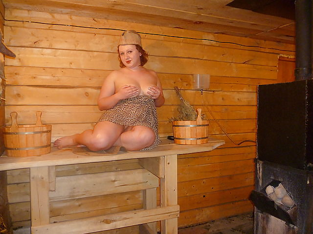толстухи в общественных банях лизали самые