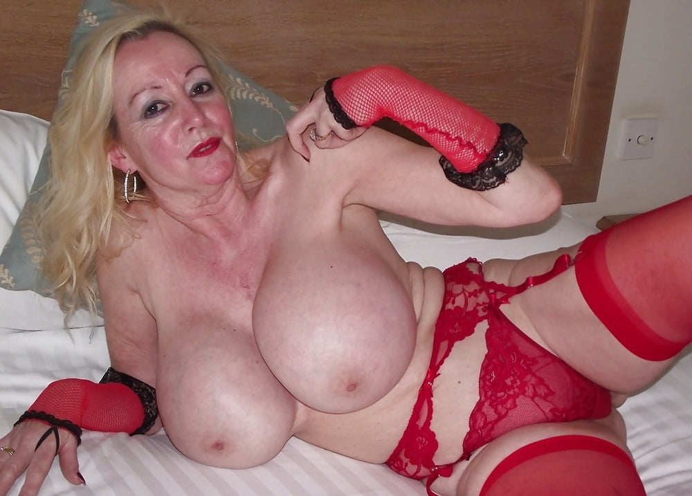 chicks-mature-boob-grab-video-nudism