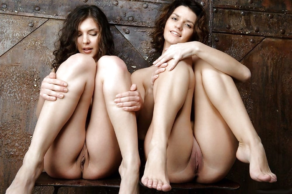 guide-sexy-twin-girl-pussy-xxx-the