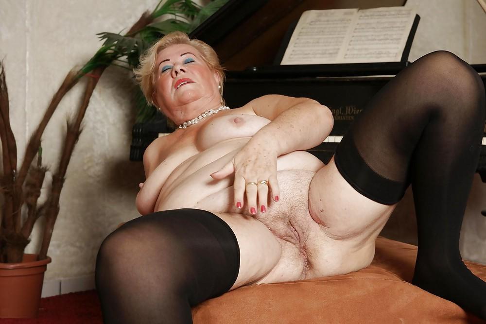 Adult Granny Hairy Mature Photo