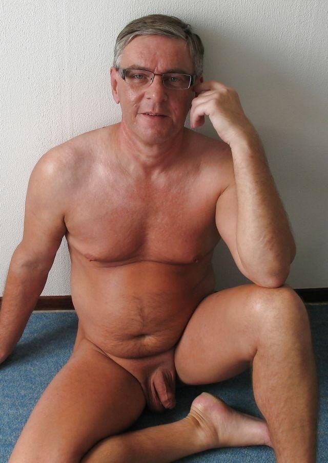 mature-man-seduce-man-naked