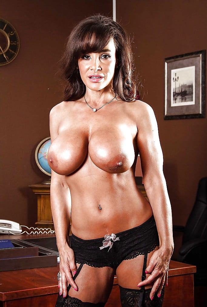 Lisa ann naked pictures — img 12