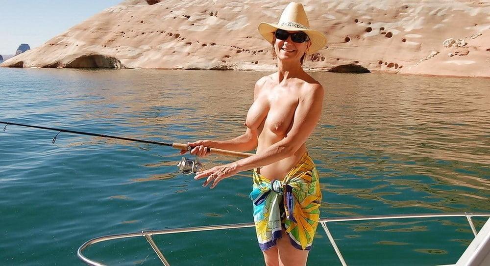 fishing-naked-male