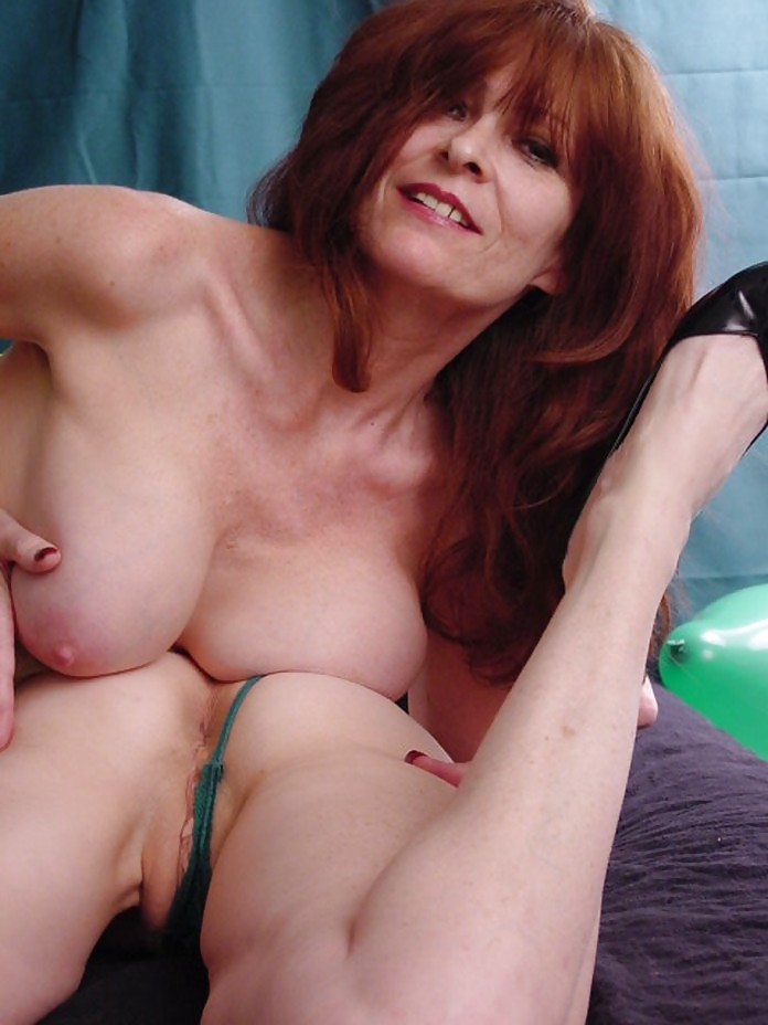 Mature redhead fabienne extreme — pic 14
