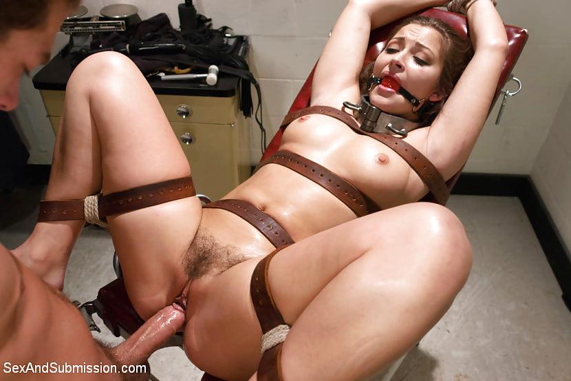 Порно фото с привязанными — 2