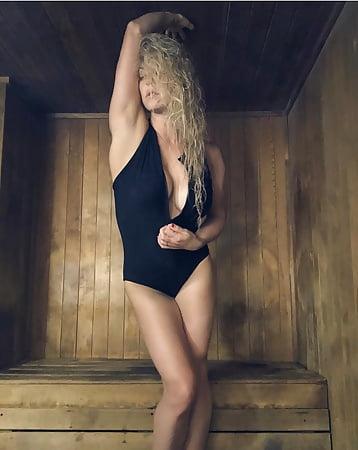 Nackt  Taryn Andreatta Topless Taryn
