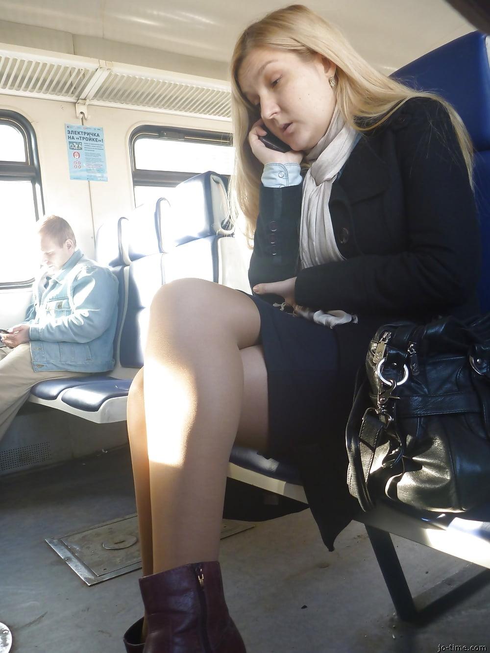 Скрытое фото в транспорте, порнуха самый большой член в анале
