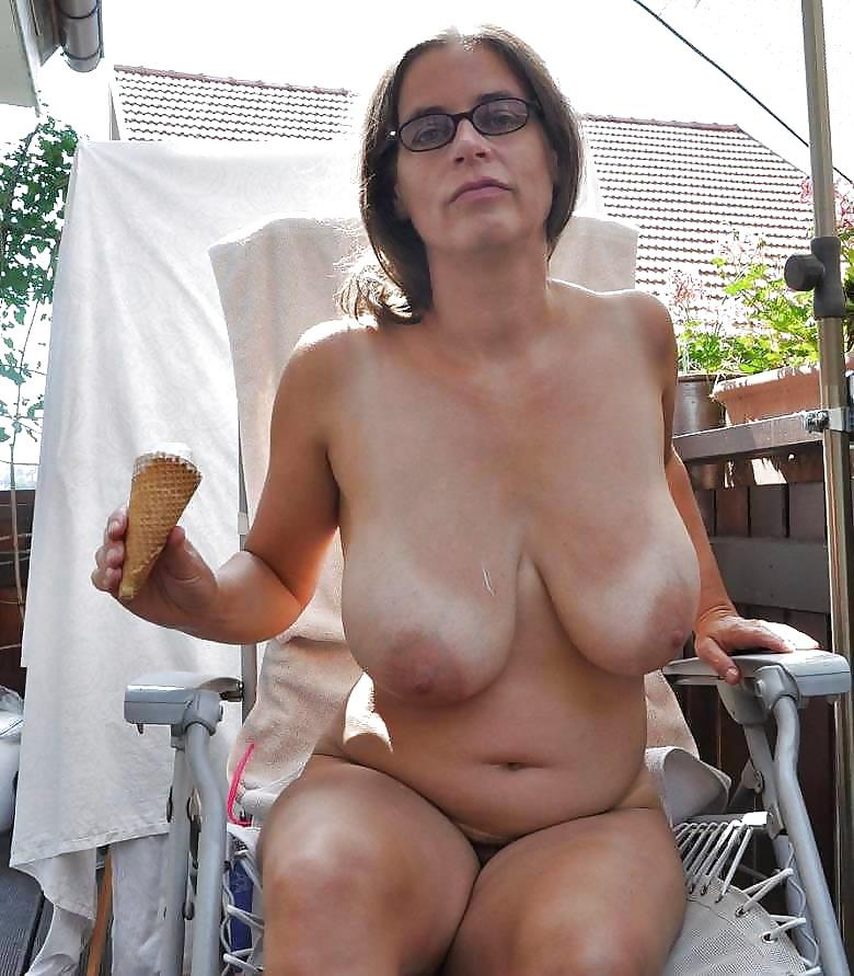 Naked Mature Women Big Tits