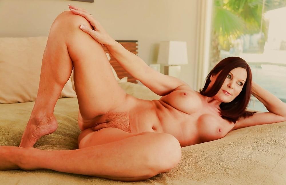mature-porn-stars-young-body-greece-mature-porno-vagine
