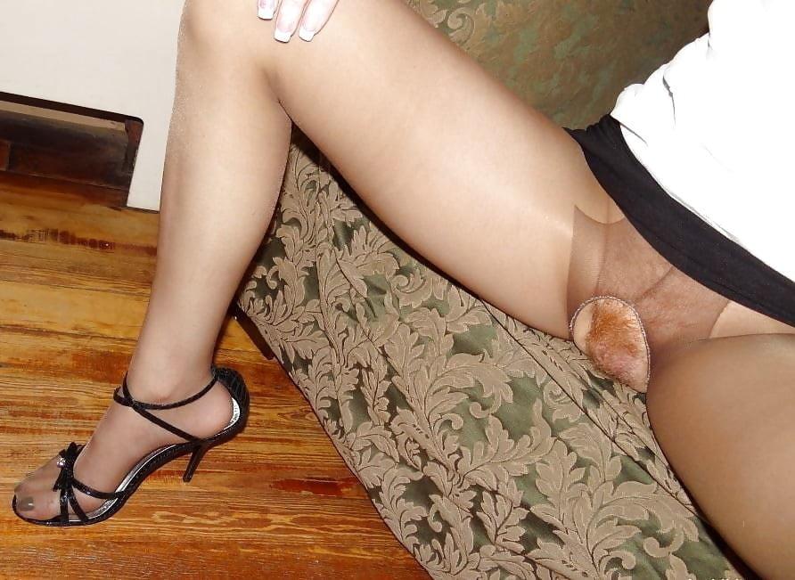 Любительские фото женских ракушек между ног секс звезд фото