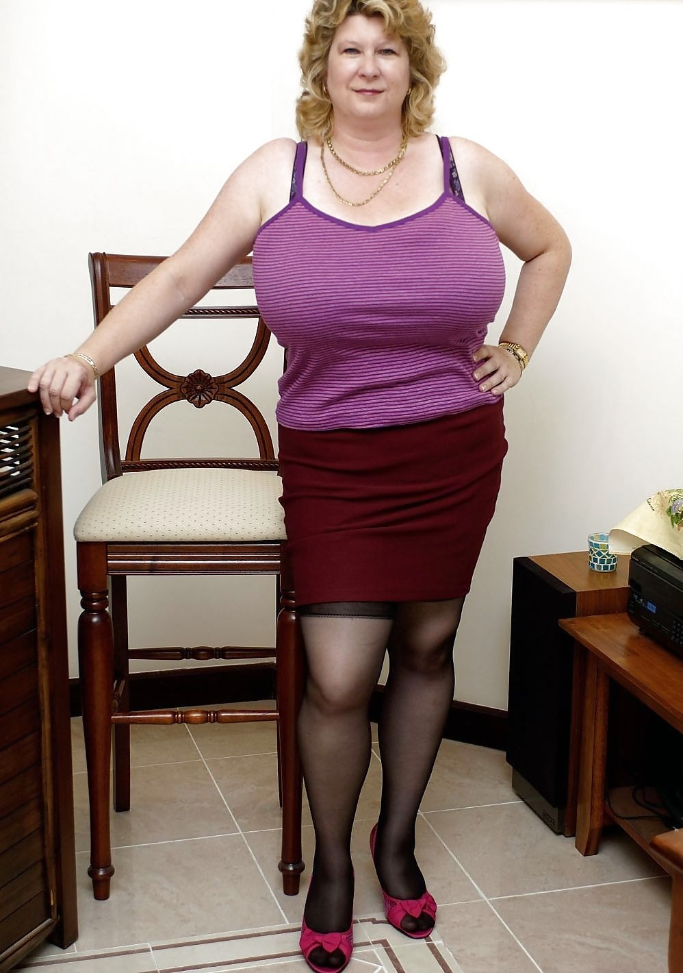 Muy Tetudas see and save as matures grannies milfs gilfs dressed up i