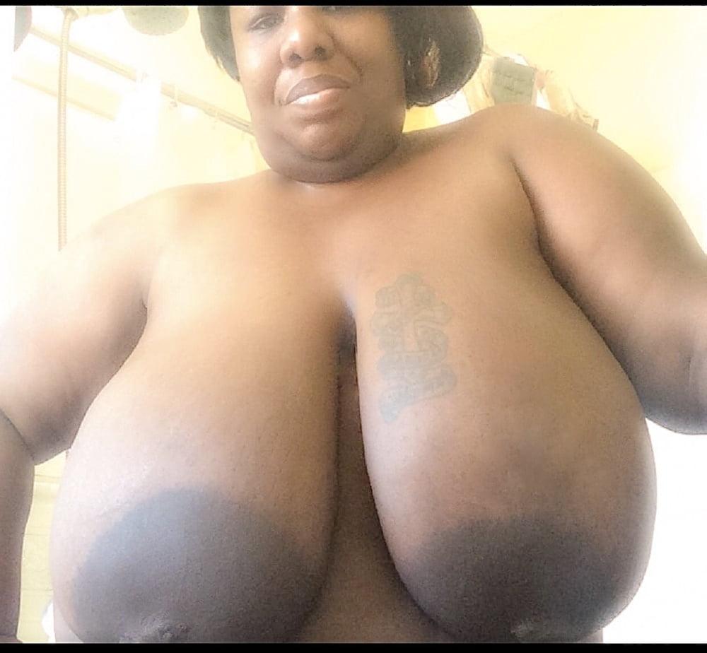 Black women boobs-4518
