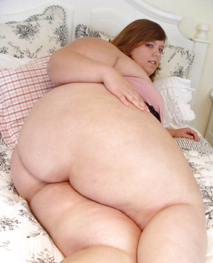 Girl with fat asses — photo 3