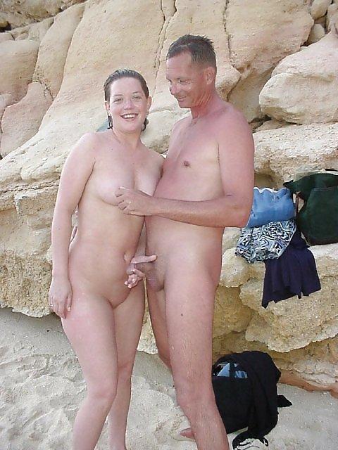 Abuleas nudistas y calientes senora de las cuatro decadas - 1 part 1