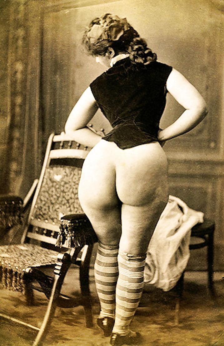 большие задницы у зрелых женщин в ретро фильмах - 12
