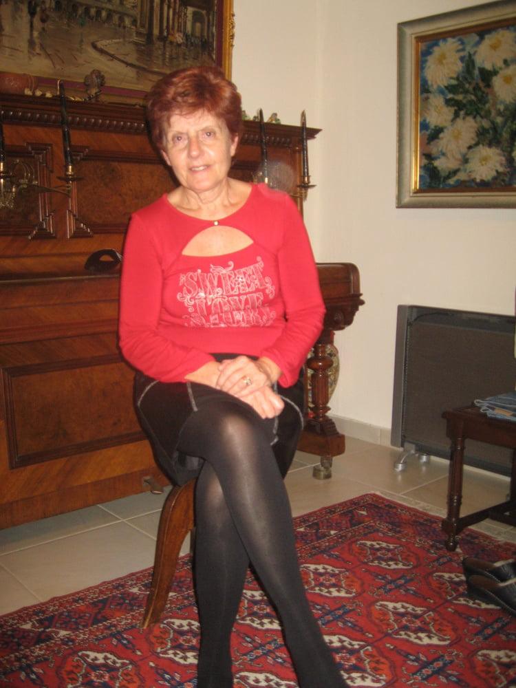 Granny pics nylon Rachel's Bio