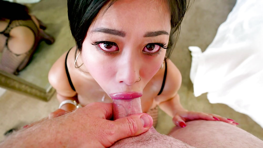 hot-asian-girl-deep-throat-spank-away-back-pain