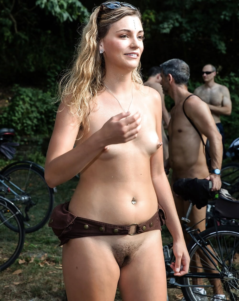 girl-from-the-real-world-naked
