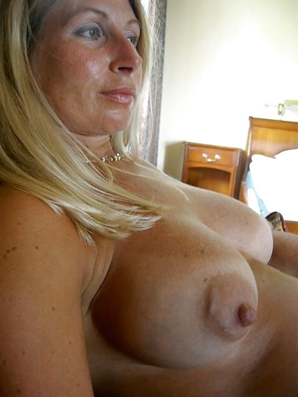 Cute mature bust — photo 7
